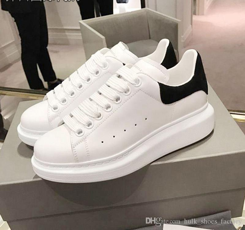 2bbac8e27fe6 2019 Wholesale New Luxury Men Women Sneaker With Top Quality Leather ...