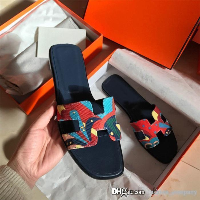 Woman Slippers Sandals Fashion Shoes Best Quality Summer Flat sandals Flip Flops Fashion Pump leather slides,Shoe box packaging
