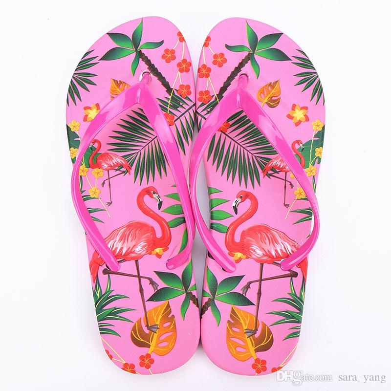 f3e158d53aad 2019 Women Beach Flip Flops Flamingos Floral Summer Fashion Slippers Ladies  Comfy Shoes Woman Home Flat Sandals Lin4865 From Sara yang