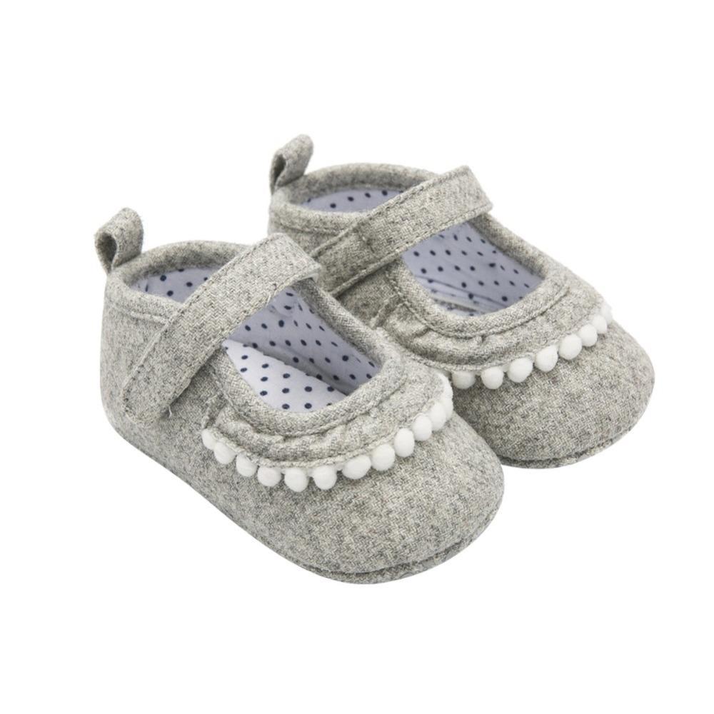 dfe8ce78d Compre Sapatos De Bebê De Algodão Infantil Da Criança Da Menina Primeiros  Caminhantes Fundo Macio Do Bebê Recém Nascido Da Menina Sapatos Princesa  Calçado ...