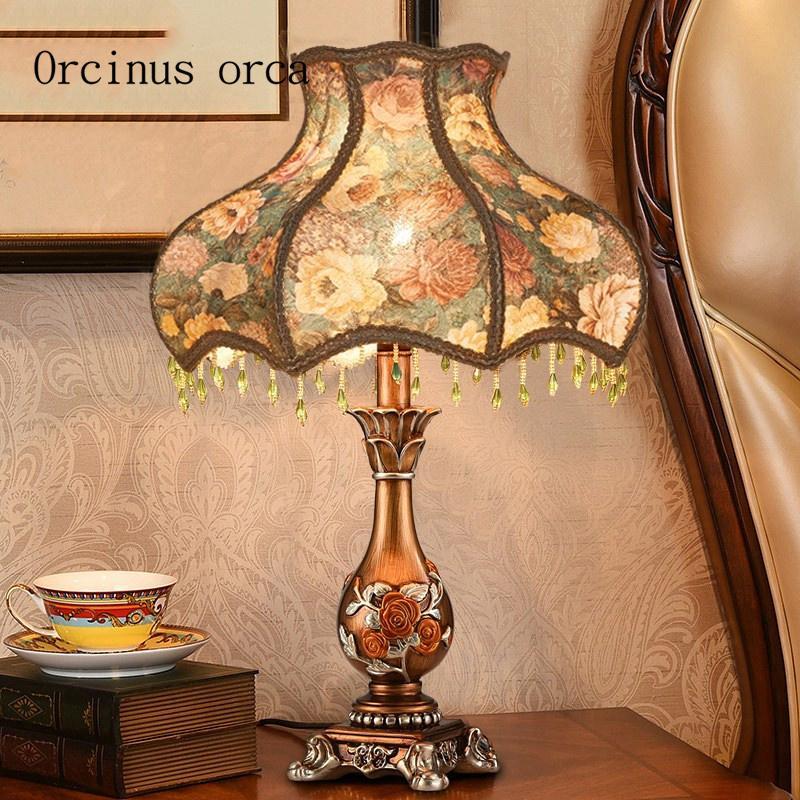 Lampada da comodino camera da letto classica europea complesso creativo  nordico lusso americano decorativo studio lampada da studio spedizione ...
