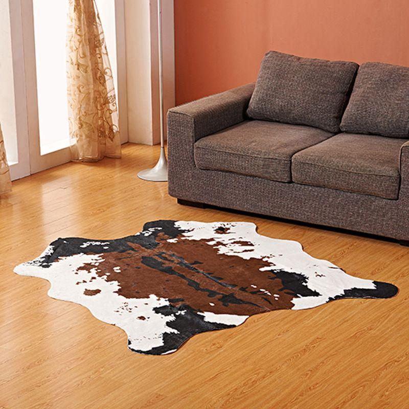 Morbido tappeto di pelle di mucca Faux 140 * 160CM Cow Print Perfect Throw  per soggiorno