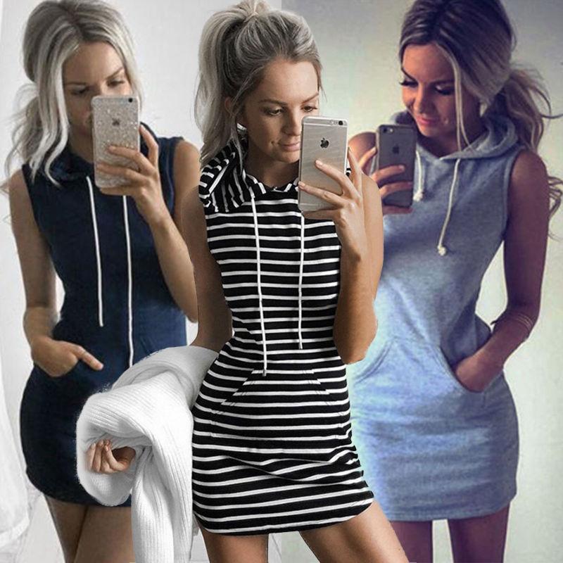 Chicas con vestidos y tenis
