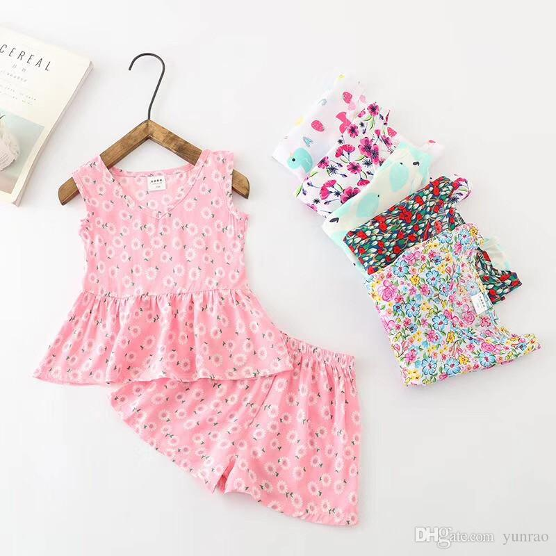 1a41670f6d717 Baby Girl Clothing 2PCS Set Artificial Cotton Clothing Summer Panties  Sleeveless Top toddler clothes Colorful Print 2-5 Years Old