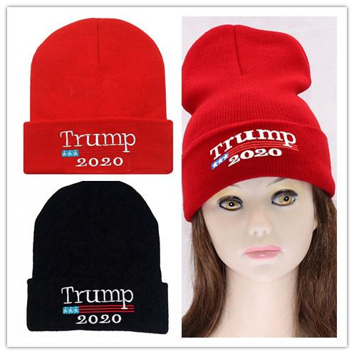 2020 Donald Trump Berretti Knit Unisex Skull Hat Re-Election Keep America Grande ricamo USA Flag MAGA Winter Caps Casquettes ROSSO NERO