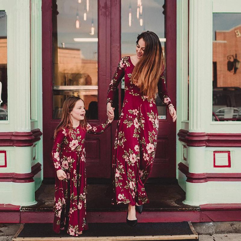 20aed5c4015a6 Liligirl Mommy And Me Dress Baby Girls Clothes Wine Floral Print Vestidos  Mom Daughter Dresses Family Matching Clothes Outfits Y19051103