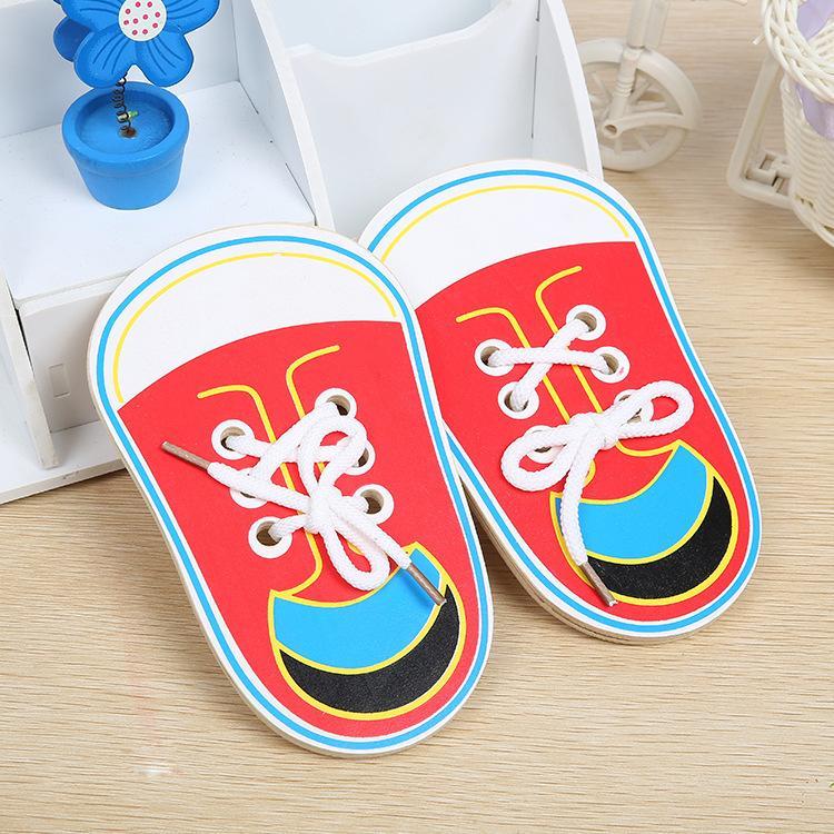Random color children/'s wooden educational toys toddler lace shoes