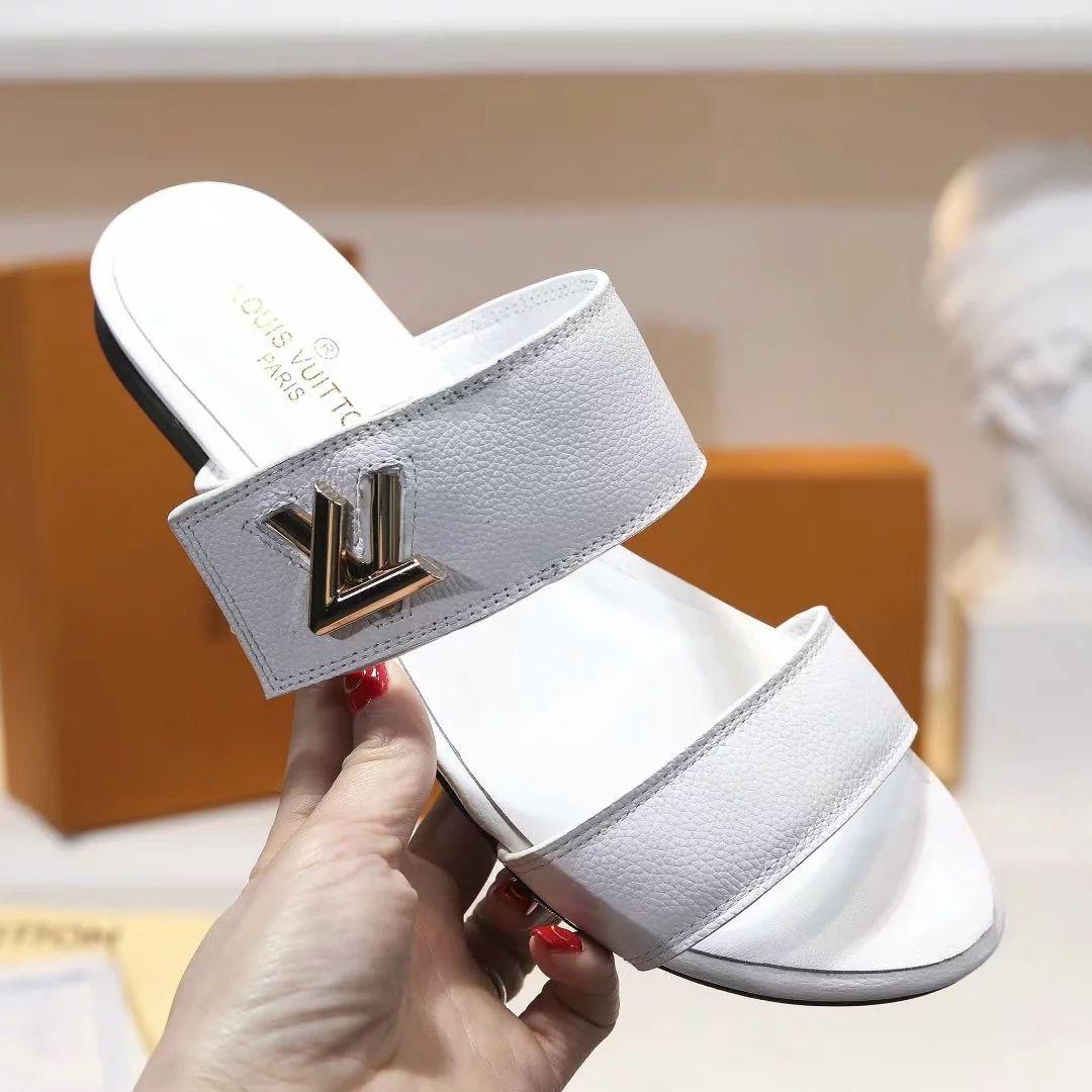 5851bda21 2019 Hot Flip Flops Classic Slides Women Sandals Slippers Flip Flops Flat  Leathers Womens Sandals Non Slip Slippers 35 39 With Box Footwear Ladies  Shoes ...