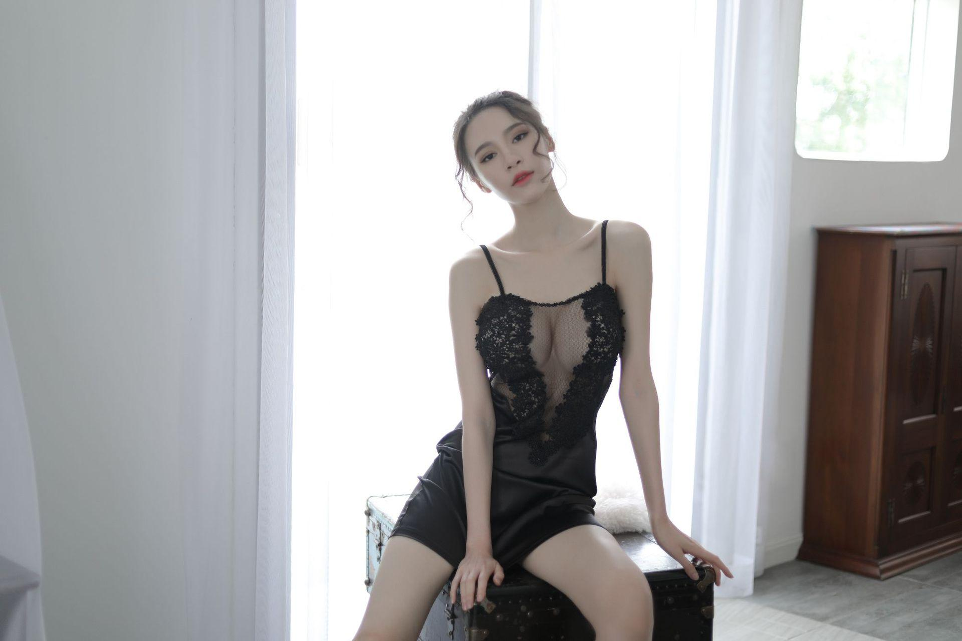 2019Pajama girl summer sexy interest underwear nightie mood dress lace transparent gauze Suspender home suit.