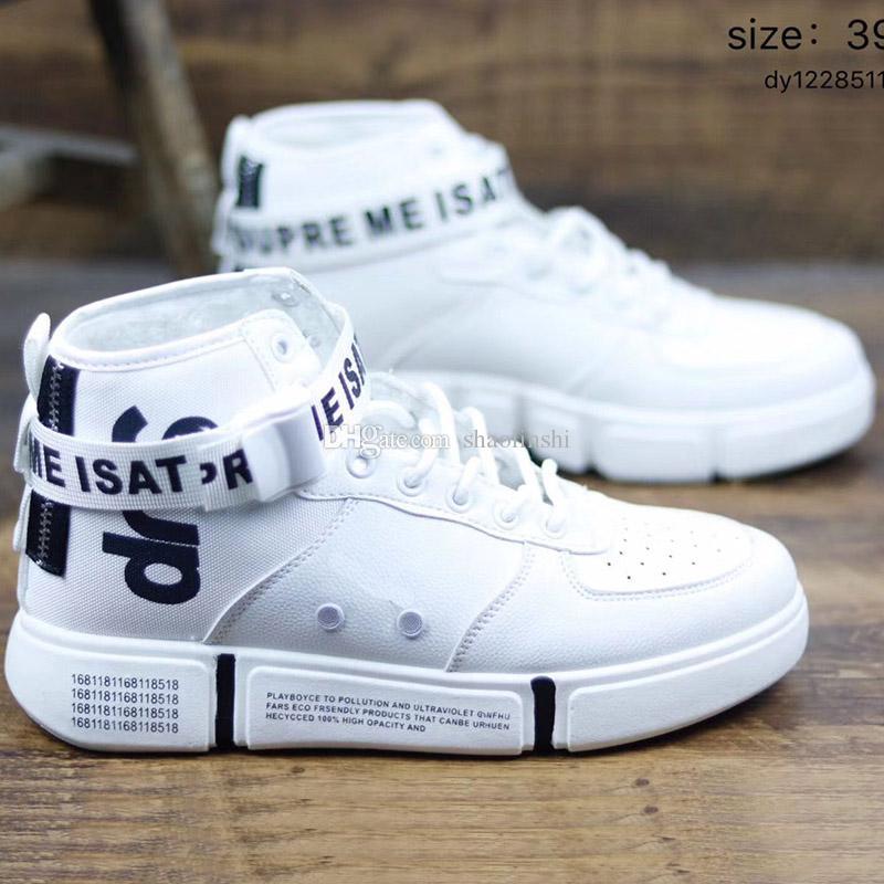 44aa19772 Compre 2019 Atacado Sapatos Masculinos Wudao Fivela De Couro Conjunta  Calçados Esportivos Branco Azul Cinza Calçados Esportivos Tamanho 39 44 De  Shaolinshi, ...