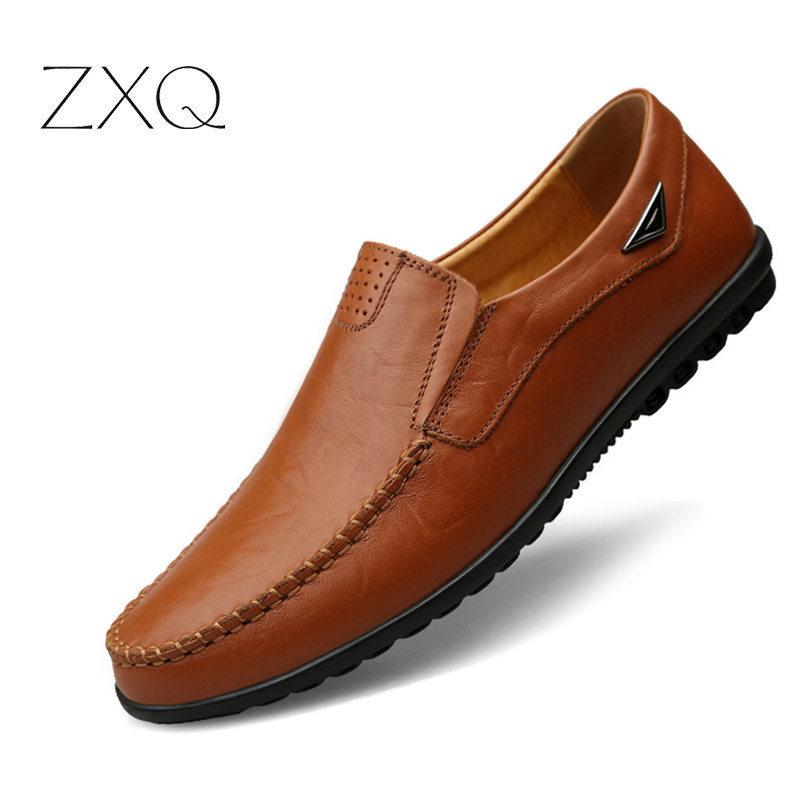 2103a53c2b Compre Tamaño Grande Nueva Primavera Cuero Dividido Hombres Zapatos Casuales  Moda Mocasines De Conducción De Calidad Superior Resbalón En Los Holgazanes  ...