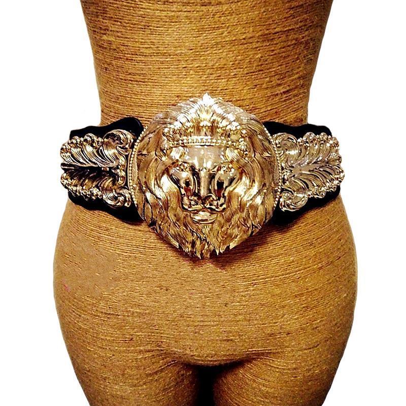 Compre Nuevo Metal Brillante Cuero Punk Cinturones Anchos Elásticos Moda  Mujer Cabeza De León Grande Vintage Faja Falda 2017 Exagerada Decoración A   24.4 ... 2de477d3486a