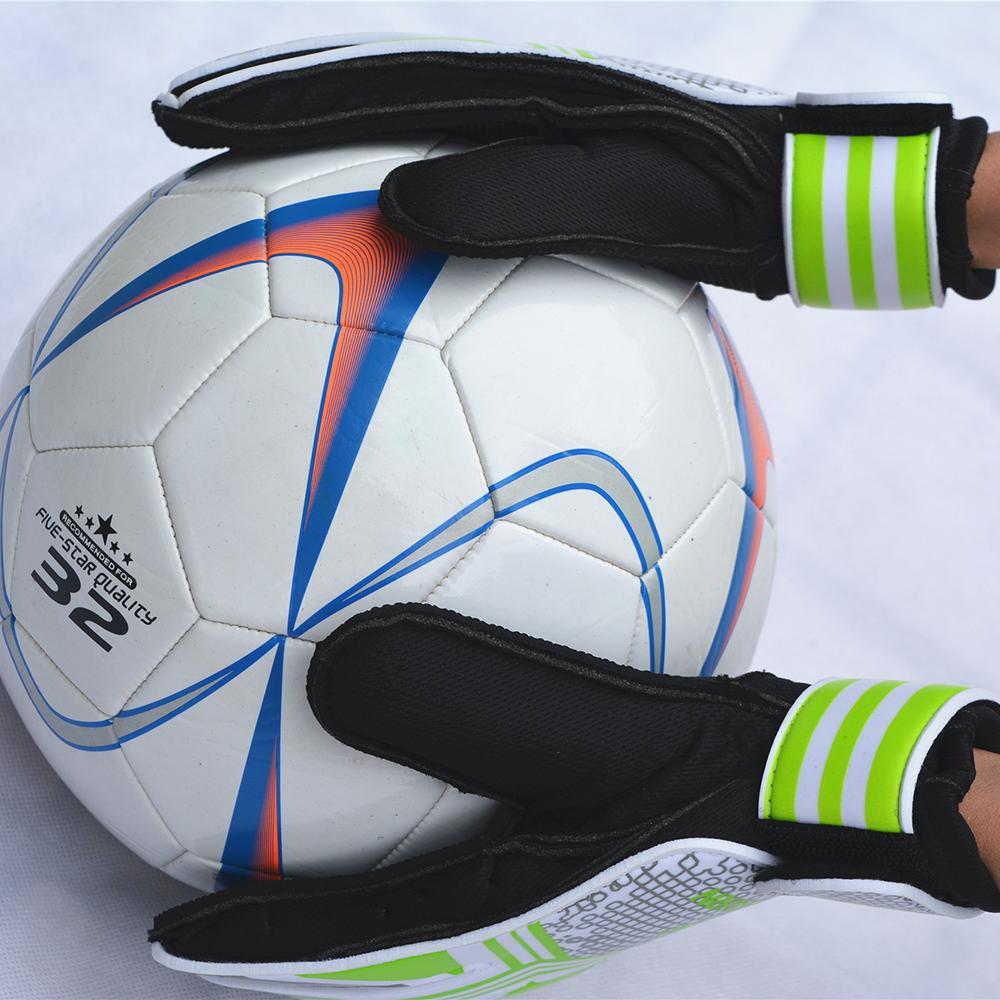 2d342717d Compre Profissional Crianças Luvas De Goleiro De Futebol Crianças Goleiro  Luvas Luvas De Futebol Com Proteção Do Dedo Portero Futbol De Sportblue