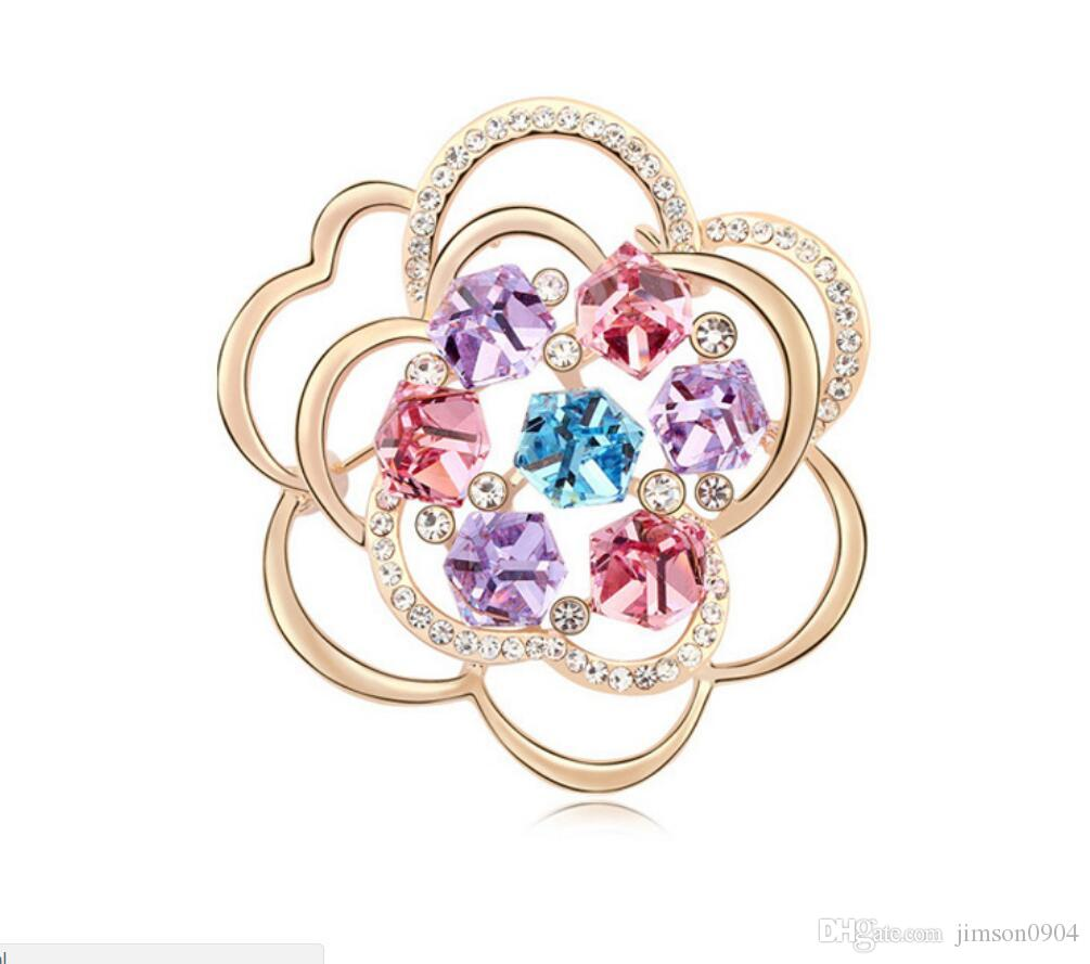 ffedab98bd Free shipping fashion jewelry Using Swarovski Elemental Crystal Brooch  Luxurious temperament Hollowing out Flower pin clothing Brooches