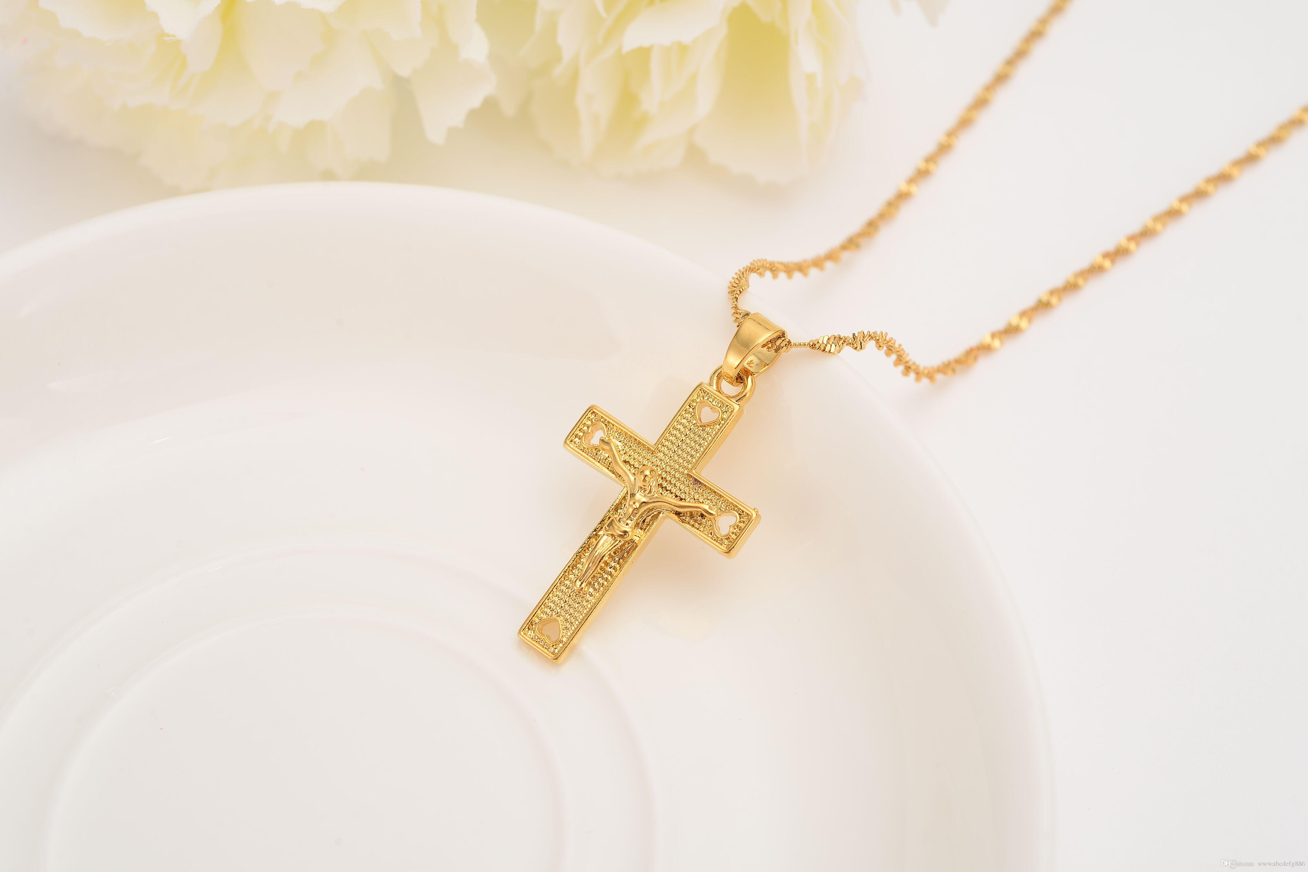 Wholesale Men 24 K Solid Gold Gf Cross Necklaces Wholesale Crucifix Pendant Women Jewelry Fashion Jesus Decoration Dress Necklace Charmcelets From
