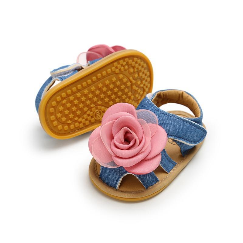 0c36f2ef0b380 Acheter Fleur Antidérapant Enfants Semelle Souple Sandales Bébé Filles  Sandales Chaussures Nouveau Né D été Chaussures Infant Chaussures Pour Bébé  De  39.49 ...