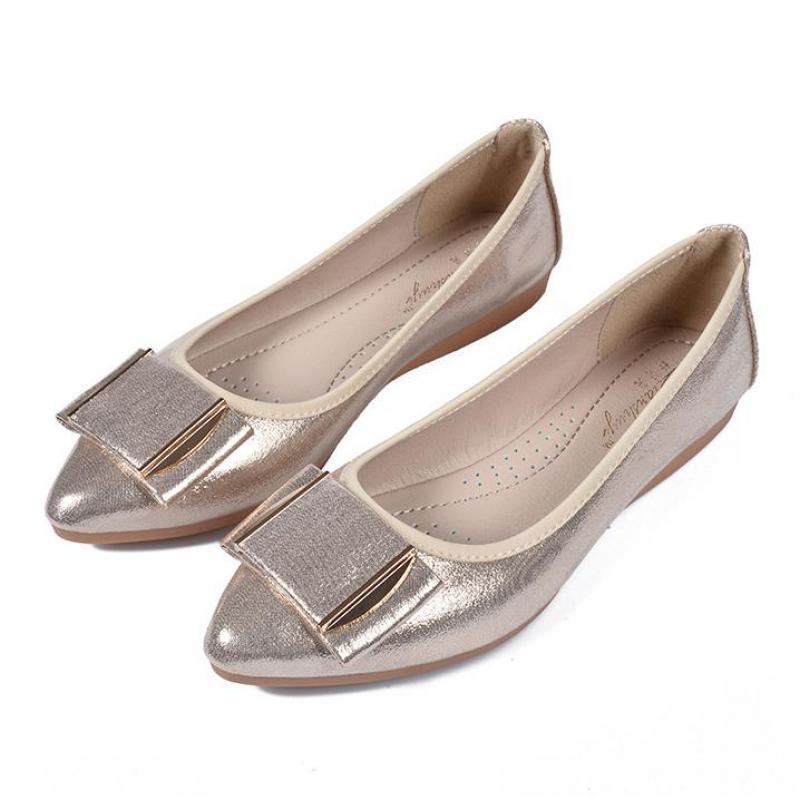 2dcbc7fd2 Compre Sapatos De Ballet Mulheres Plana Mocassins Confortável Slip On Dedo  Apontado Bow Mulheres Flats Peas Sapatos De Prata De Ouro Preto  Apartamentos ...