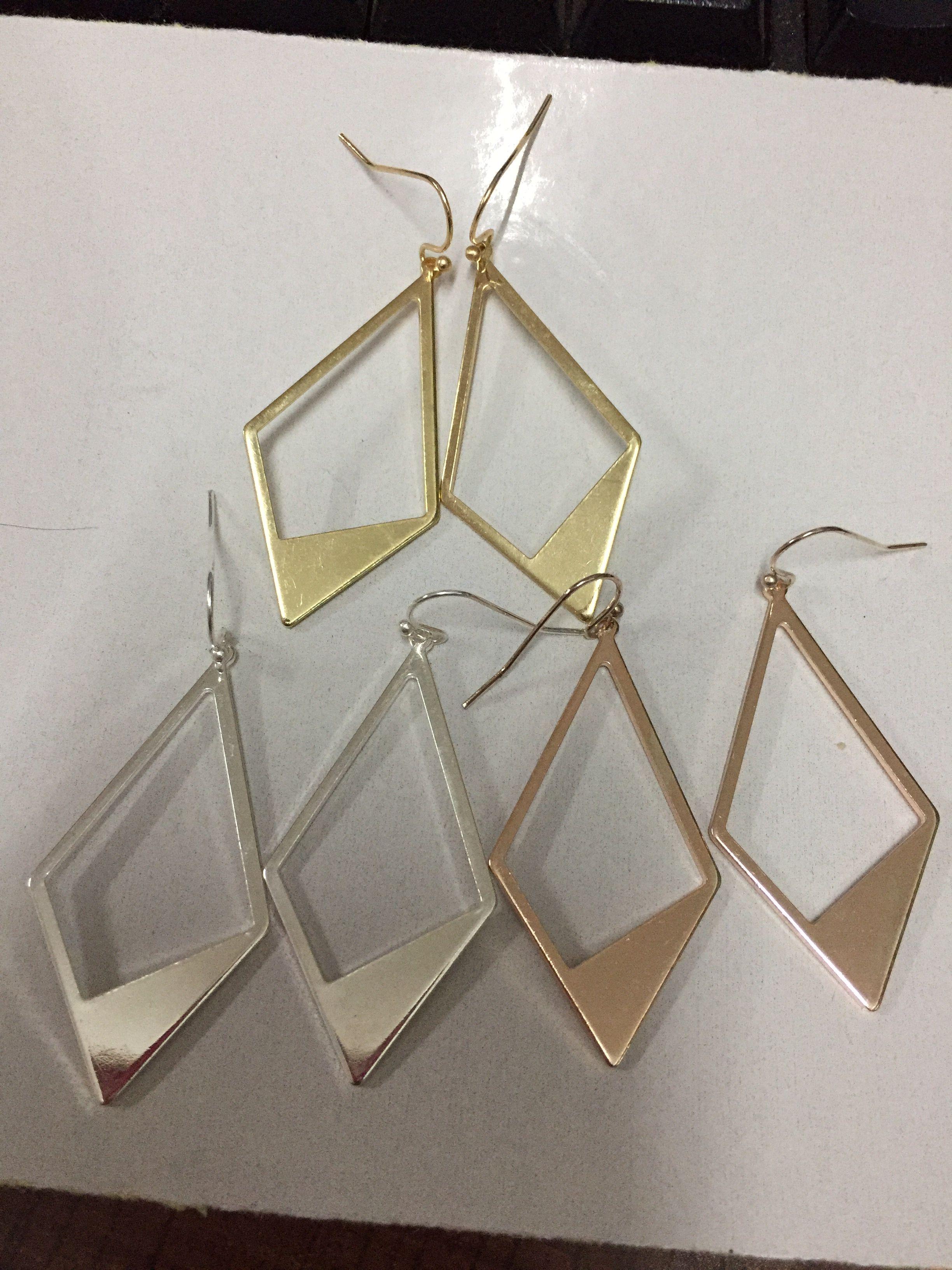 059deb856c0e Compre Moda Hueco Forma De Rombo De Cobre Pendientes De Gota Geométricos  Para Las Mujeres Únicos Pendientes De Declaración De Metal Pulido 2019  Primavera ...