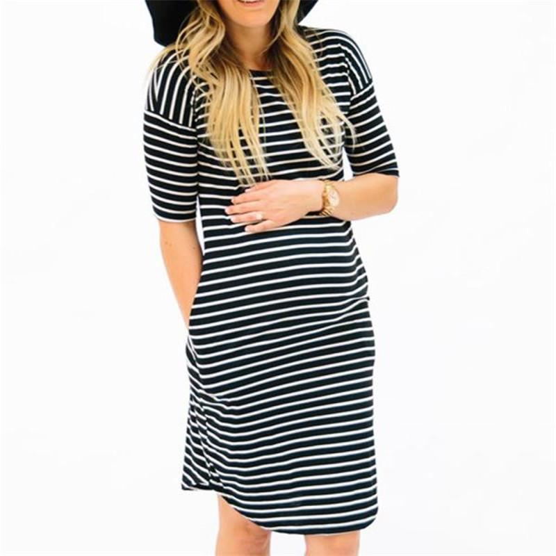 6e85545c120e Acquista Moda Maternità Abbigliamento Donna Gravidanza O Collo Stripe  Manica Corta Infermieristica Abito Maternità 2018 Estate Soffice Abito Donna  A  34.09 ...