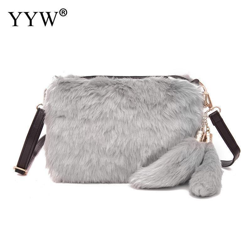 2018 Winter Women Clutch Fur Plush Bags Casual Handbag Purse Soft Women  Crossbody Bags Fashion Handbag Purse Bolsas Feminina New D19011204 Womens  Purses ... 5485eff8ee1ee