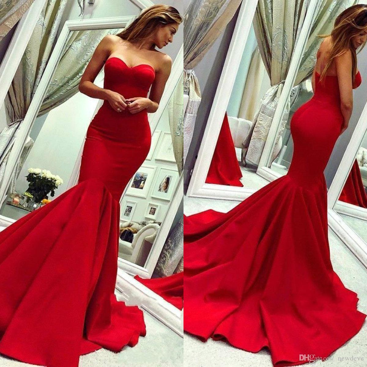 2020 Red Prom Dresses Sweetheart Elegante Mermaid Kleider für besondere Anlässe Sweep Train Backless Ruched Satin Promi Abendgarderobe