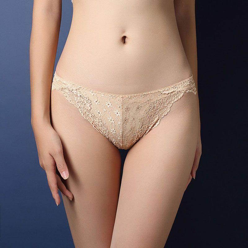 3ed8bba26 Compre Mulheres Calcinha De Renda Sexy Ladies Underwear Baixa Cintura  Quadris Oco Tentação Briefs Biquíni Cuecas De Tamanho Livre De Secretlady