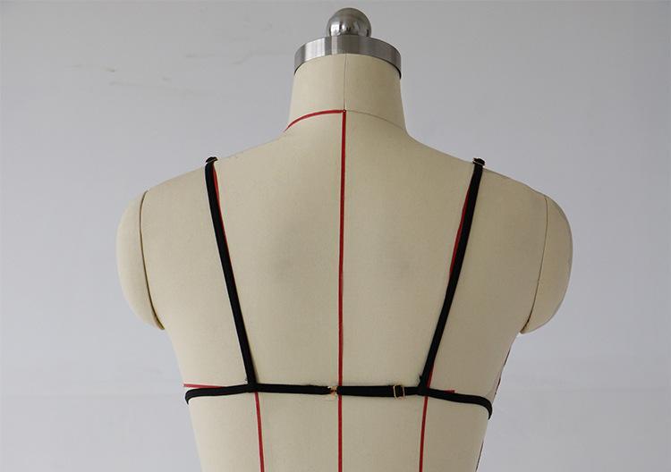 Conjunto de sujetador sexy de encaje rojo Conjunto de lencería Bralette con correas ajustables para mujer Ropa interior Conjunto de bikini de 3 puntos Bragas suaves
