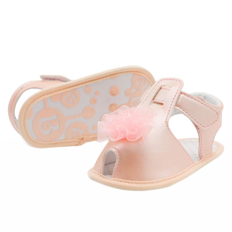 7de8ee257 2019 Flower Lace Bright Surface Solid Shoes Fashion Non Slip Princess Girls  Shoes Hook Loop Baby Cute Toddler Newborn Girls From Singnice