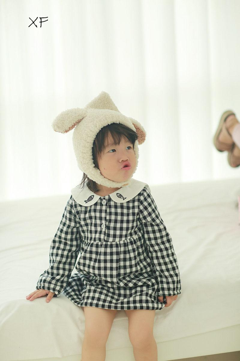 1a3600779 Autumn And Winter New Children s Wear with Velvet Thickened Dress ...