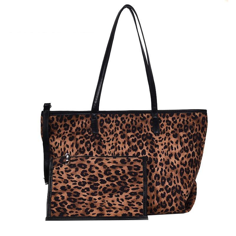 Good Quality Tote Handbag For Female Large Capacity Leopard Deisgn Shoulder  Bag Lady Winter Faux Fur Women Handbag Purses On Sale Men Bags From  Keeping01 41060a82019b6