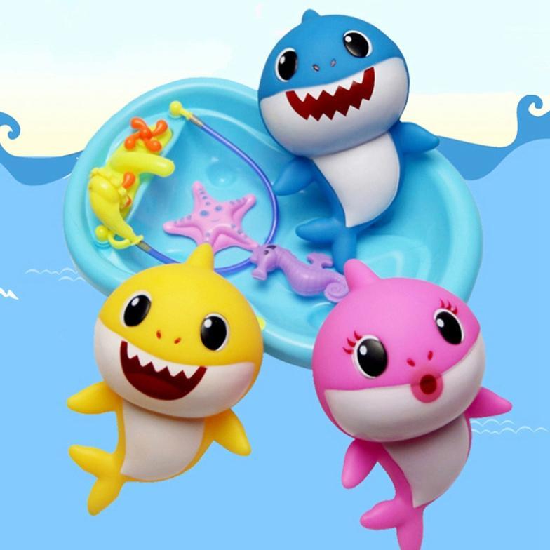 8inch BABY SHARK Music LED Plastic Kids Toys 20CM Cartoon Music Shark  Lighiting Singing English Songs kids gift AAA2085