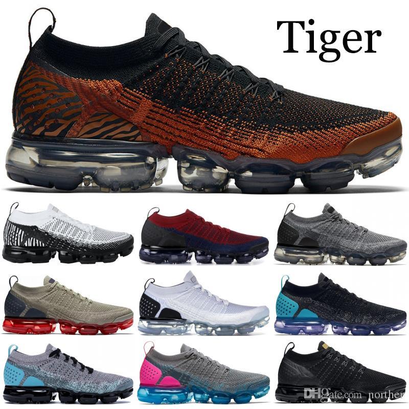 brand new 21e99 b18ee Acquista 2019 Nike Vapormax FlyKnit 2.0 Scarpe Da Corsa Uomo Donna Tiger  Pack Zebra Nero Bianco Oro Metallizzato Designer Scarpe Sport Sneakers  Trainer US ...