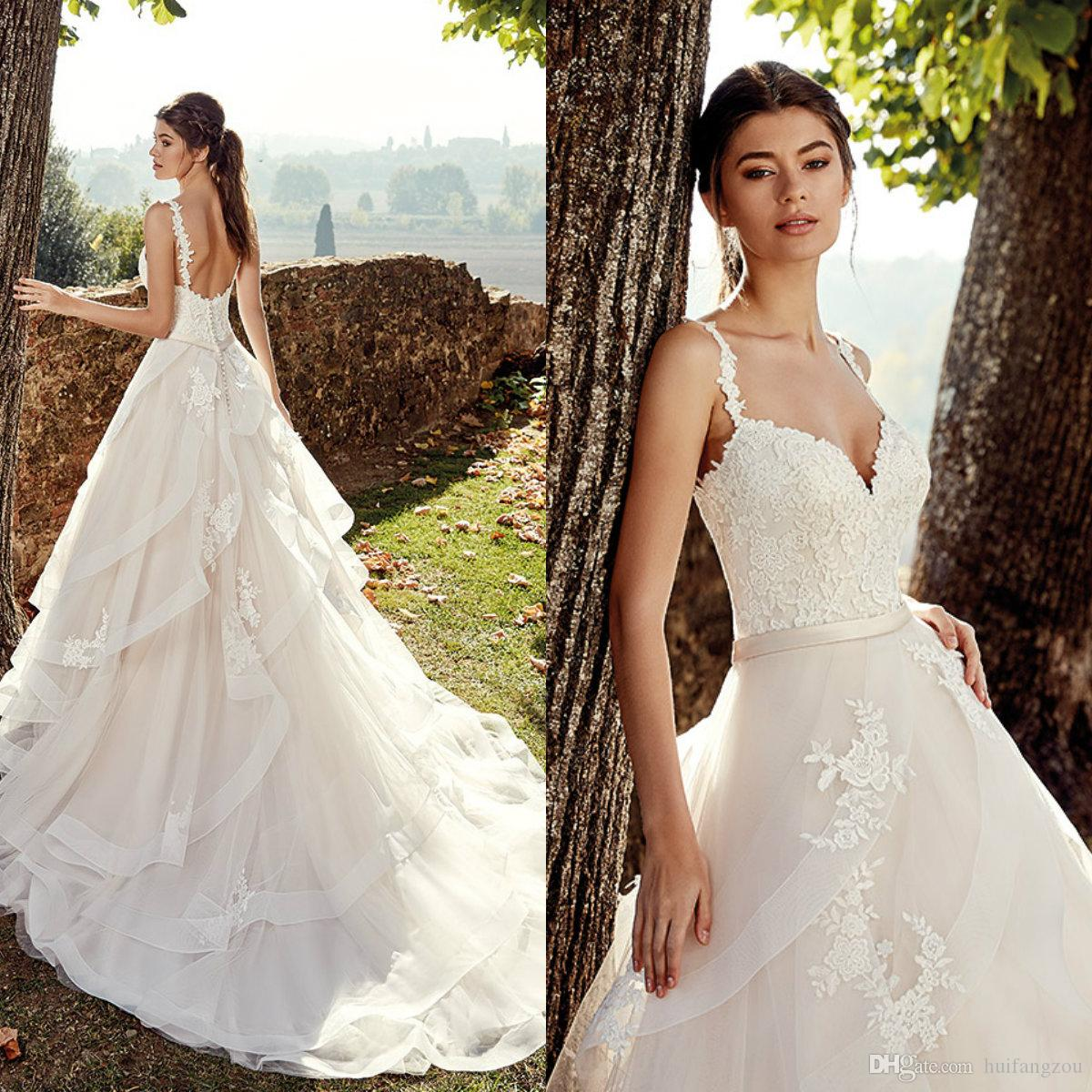 43d26a815629 Discount 2019 Vestido De Novia Vintage Wedding Dresses Backless Lace  Applique Tiered Skirts Bridal Gowns Sweep Train Summer Boho Wedding Dress  Fashion ...