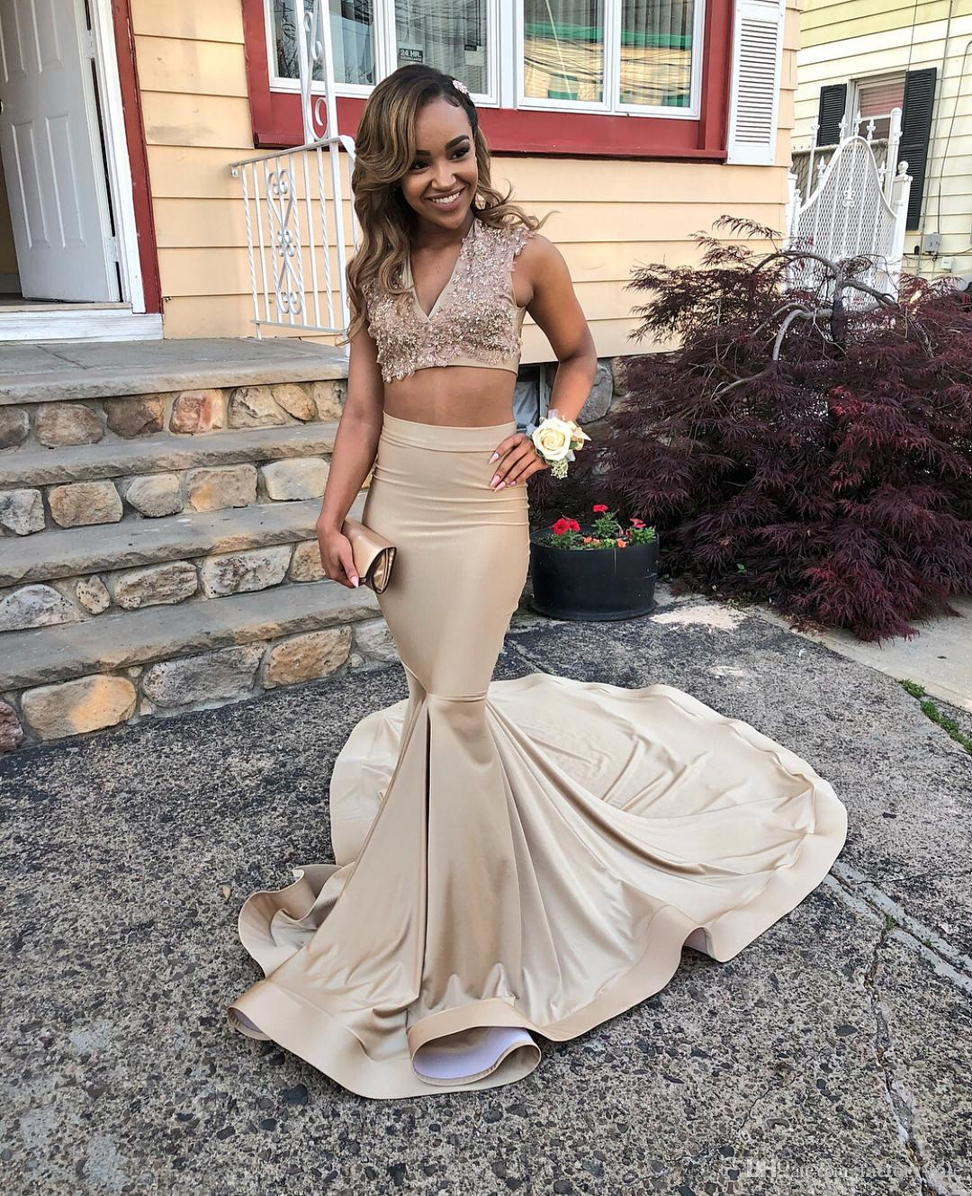 db74723962d Champagne 2019 Two Piece Mermaid Prom Dresses Sexy V Neck Lace Applique  Sequined Beads Backless Formal Eveing Gowns Vestidos De Fiesta Prom Dresses  Shops ...