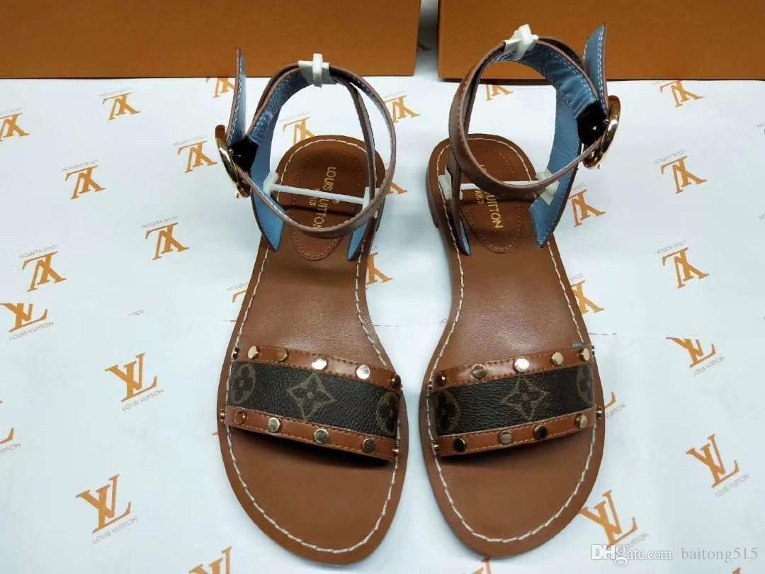 101e03c69863d The latest luxury women's fashion leather sandals eye-catching gladiator  style designer leather outsole perfect flat sandals