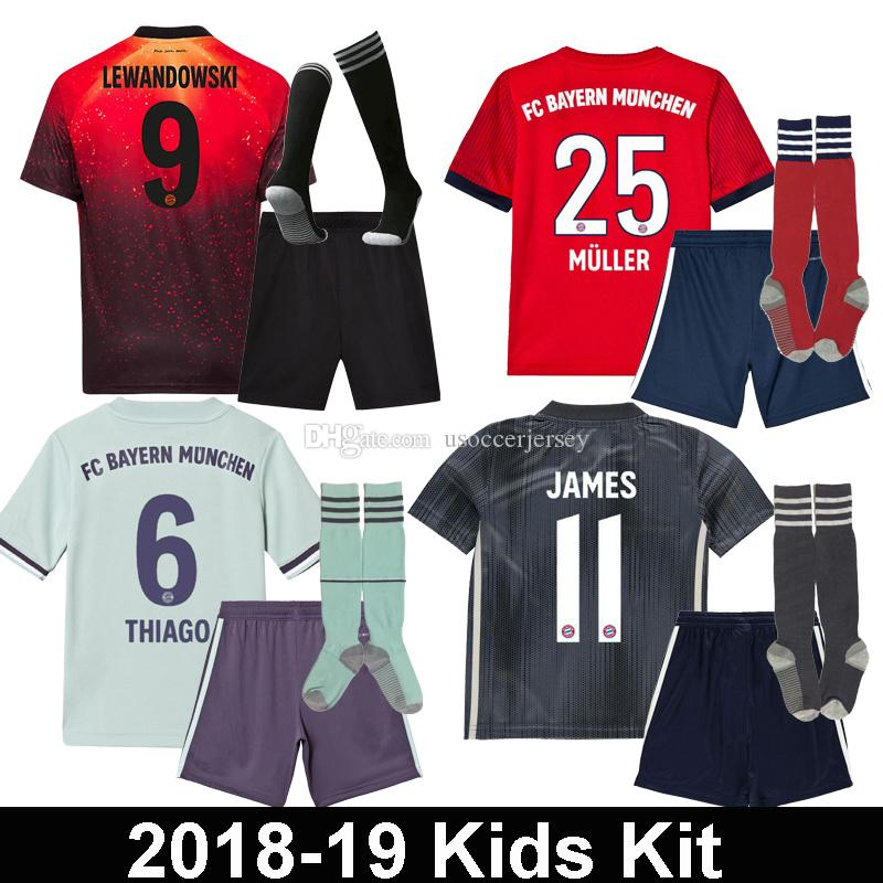 18 19 Bayern Munich EA Sports KIDS Camisetas De Fútbol Uniforme 2018 2019  LEWANDOWSKI MULLER HUMMELS TOLISSO NIÑO INFANTIL Kit Kimmich Por  Usoccerjersey 22becacee8e74