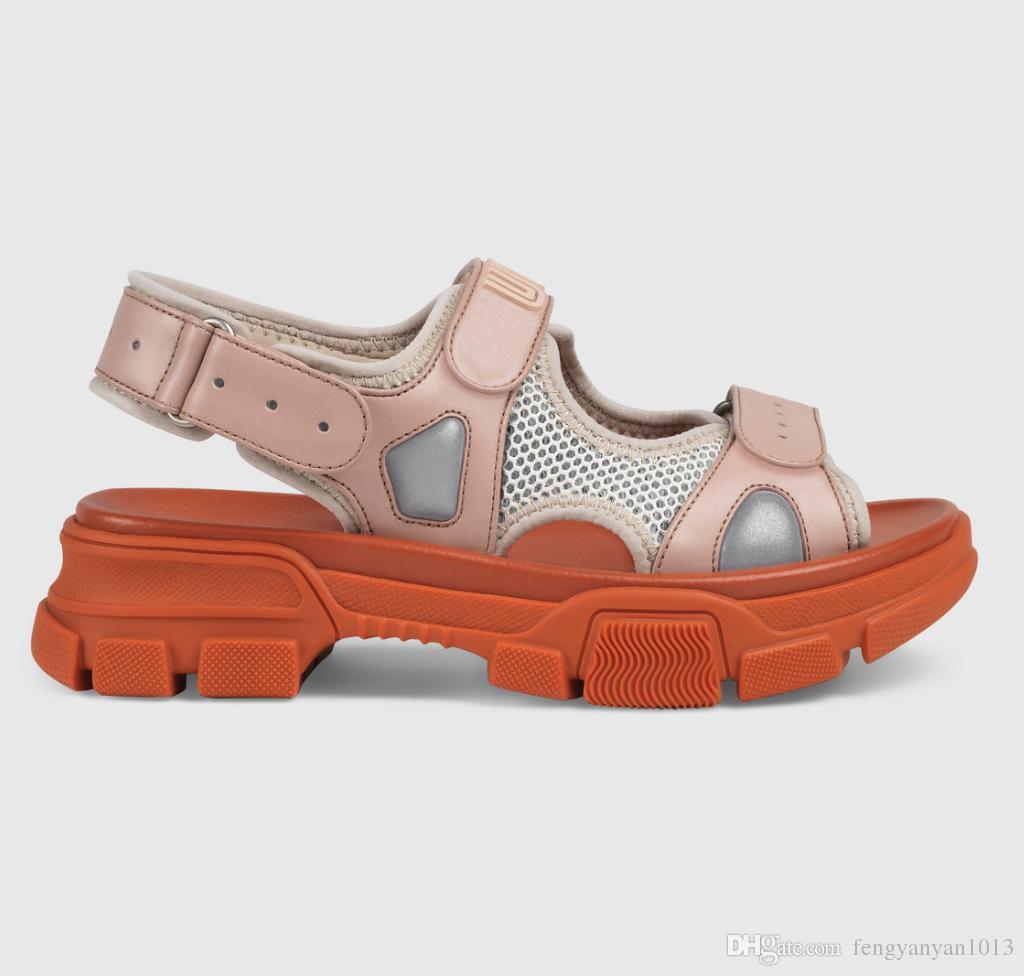 Ocio Grande Marca 2019 Moda Playa Código Mujer Cuero Y Lujo Verano Aire Diseñador Zapatillas De Al Libre Sandalias Masculina Deportivas Aj35RL4