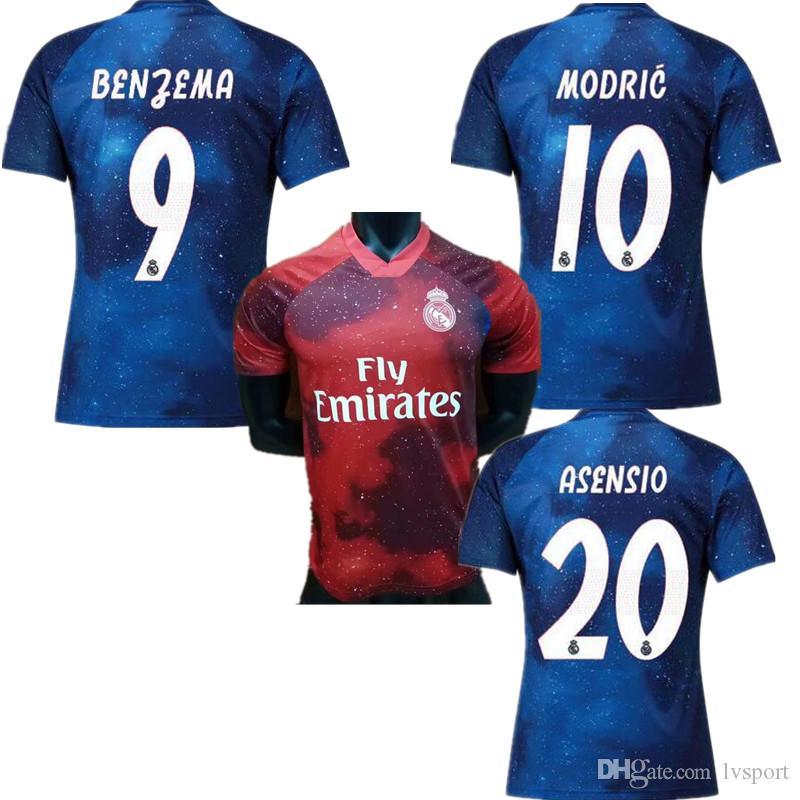 10 MODRIC 2019 Real Madrid Edición Limitada Jersey De Fútbol Azul EA  Camisetas Deportivas   12 MARCELO Real Madrid Versión Especial Camisetas De  Fútbol ... 1c70411fbd089