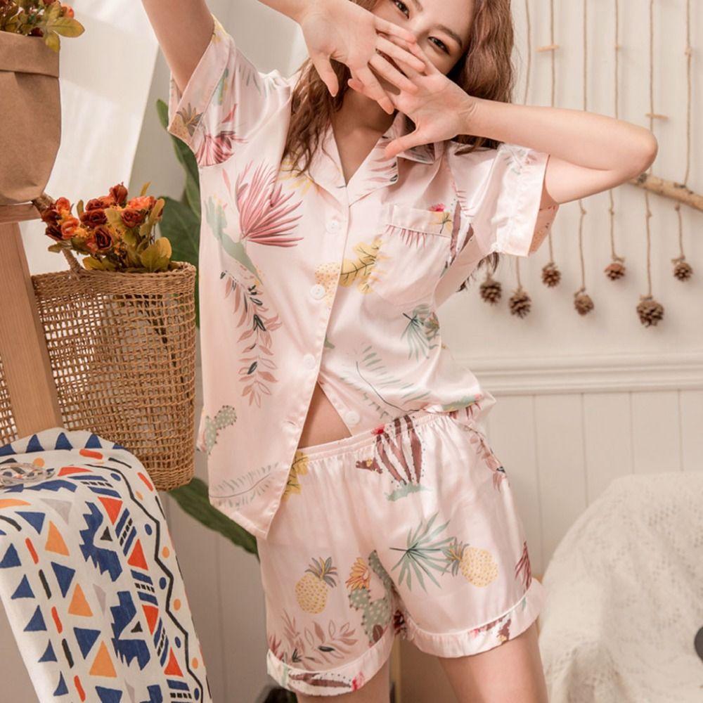 40039e445e Compre 2019 Verano Mujeres Moda Impresión Simulación Seda Pijamas Cortos  Ropa De Dormir Ropa De Dormir Camisón De Las Mujeres Nachthemd Dames 3fn A   35.82 ...