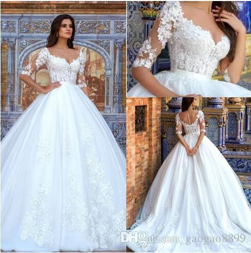 2019 Modest Lace A Line Wedding Dresses with Half Sleeves Vintage V Neck Ruched Organza Plus Size Covered Buttons Bridal Gowns