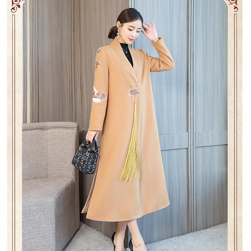 33622ed671b8a 2019 Autumn Winter Women Long Wool Blends Coats Elegant Vintage Chinese  Style Fashion Loose Embroidery Plus Size Ladies Overcoat 4XL From Bevarly,  ...