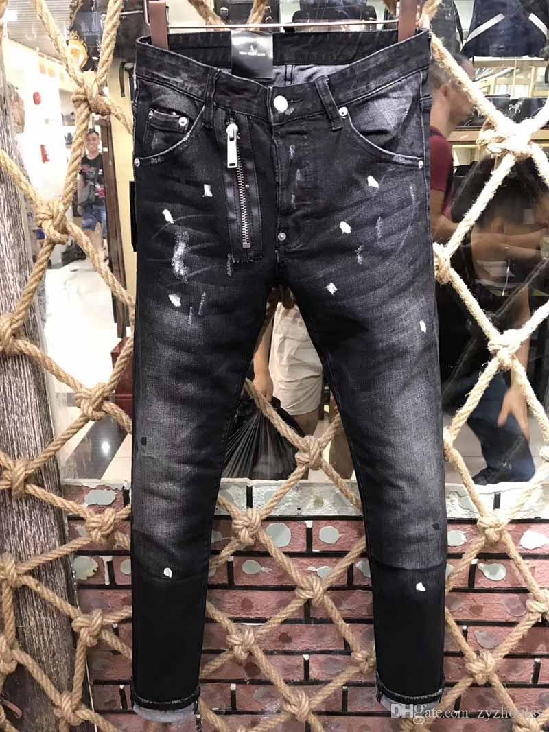 2019 rock D2 Jeans motard homme Ripped moto Homme mode Hip hop luxe Casual Slim streetwear homme Distressed Jeans # 1077