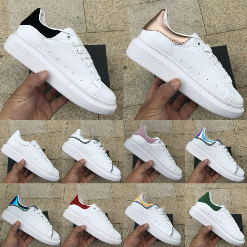 2019 Fashion Luxury Designer Men Women Outdoor Shoes New Girls Family Flat Shoes Casual Shoes Lace Up Walking Sneakers 5-11