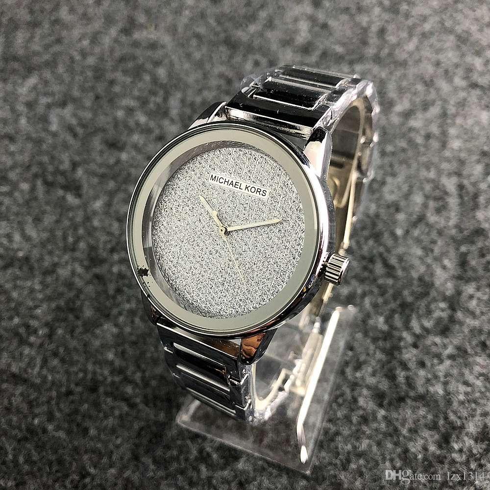 0995cd52dbc Compre Relógio De Diamante Das Mulheres Populares Relógio De Moda Das Mulheres  Casuais De Prata E Rosa De Ouro Grade De Relógio De Quartzo Relógio De ...