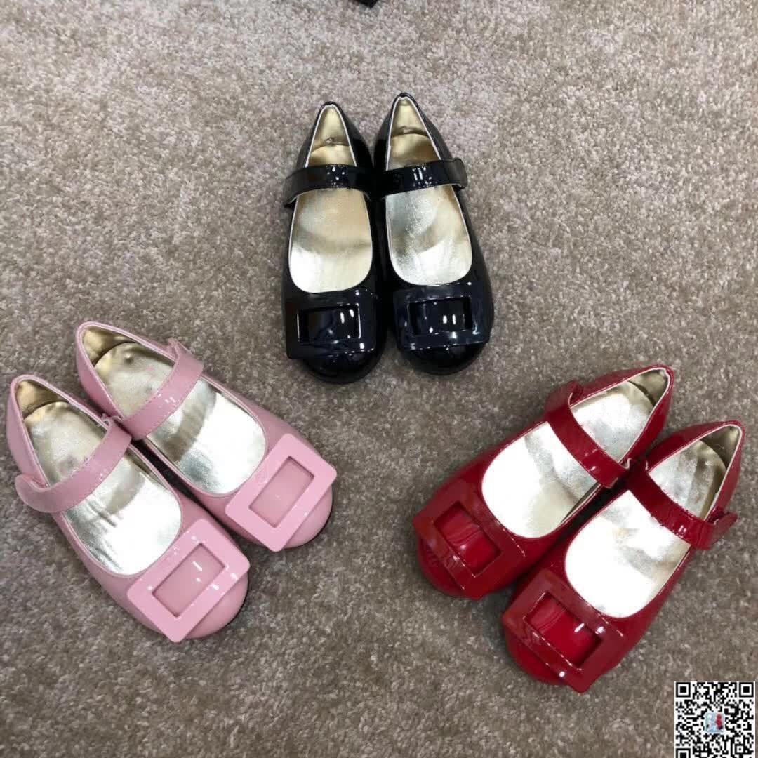 a31a45af1f Compre Crianças Sapatilhas Sapatos Da Moda Infantil Meninas Meninos Sapatos  De Designer De Bebê Menino Sapatos De Alta Qualidade Designer De Crianças  De ...
