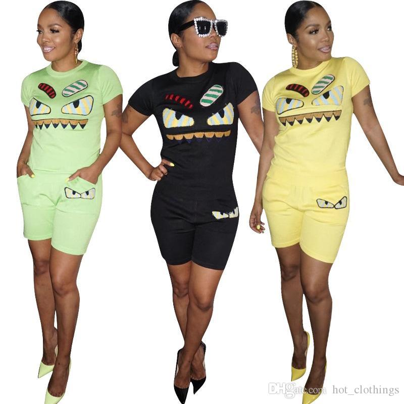Streetwear 3 Color Personality Face Facial Features Women 2 Piece Outfits O  Neck Short Sleeve T-Shirt Empire Casual Shorts