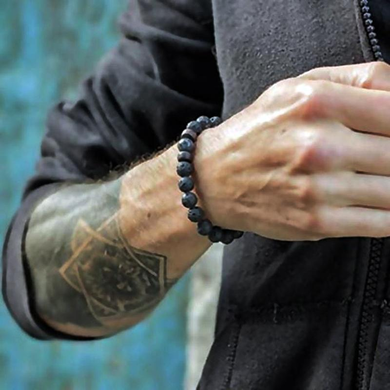 6e6f6f98dec0 Compre Pulsera De Piedra   Hombre   Para Mujer   Natural   Lava   Yoga    Pulsera Homme Coronas De Lujo Pulseras Femme Joyería Para Hombre Pulseras  Hombre A ...