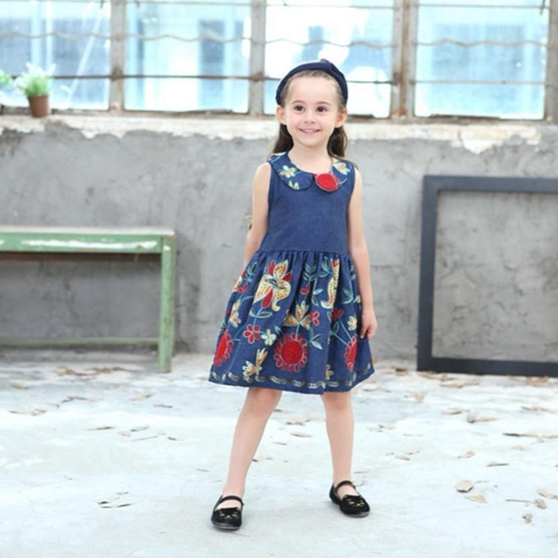 2ee6c709f050 Acquista Neonate Abiti Floreali Bambini Estate Vestiti Caldi Di Vendita Top  Quality Cute Dress Nuovo Design Peter Pan Collar Abbigliamento A  27.57 Dal  ...