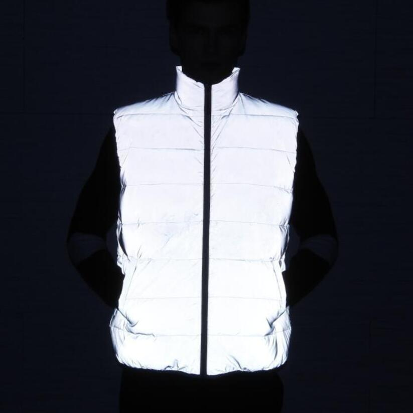 High quality men winter full reflective sleeveless duck down jacket outdoor warm coat mens hip hop white duck down vest clothing SH190930