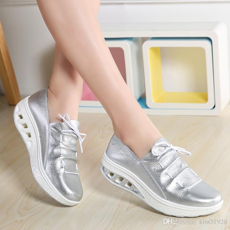 d66de1703 Compre Suficiente Estoque Das Mulheres Sapatos De Fitness Azul Branco Prata  Cáqui Cowskin Couro Genuíno Superior Altura Crescente Sapatos Para As  Mulheres ...